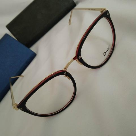 2c132a90dcd8e Armação Dior para Óculos de Grau  D396 - Bijouterias