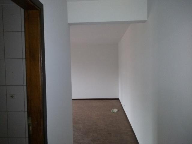8273   Apartamento para alugar com 3 quartos em Zona 03, Maringá - Foto 3