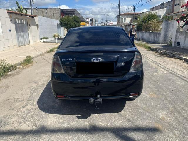 Fiesta SE 1.6 sedan completo manual chave reserva - Foto 4