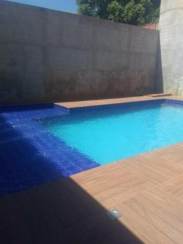 Casa com piscina e área de churrasqueira - Foto 2
