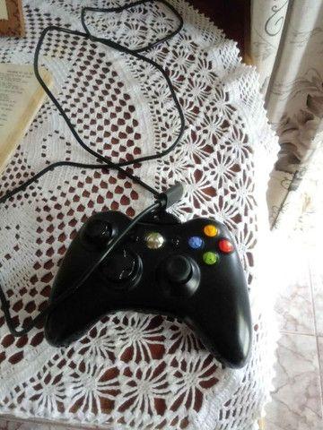 Vendo Xbox 360 com cabo HDMI + Pen Drive 16g + 2 Jogos - Foto 4