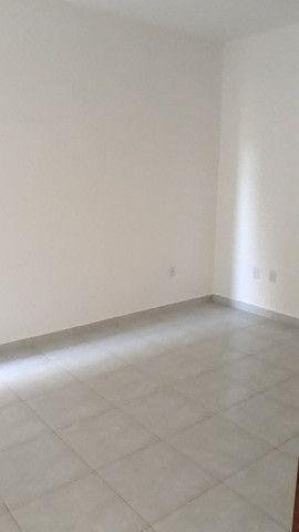 Casa 2 quartos com semi suite - Foto 2