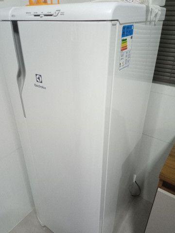 Geladeira Electrolux 240l  - Foto 3