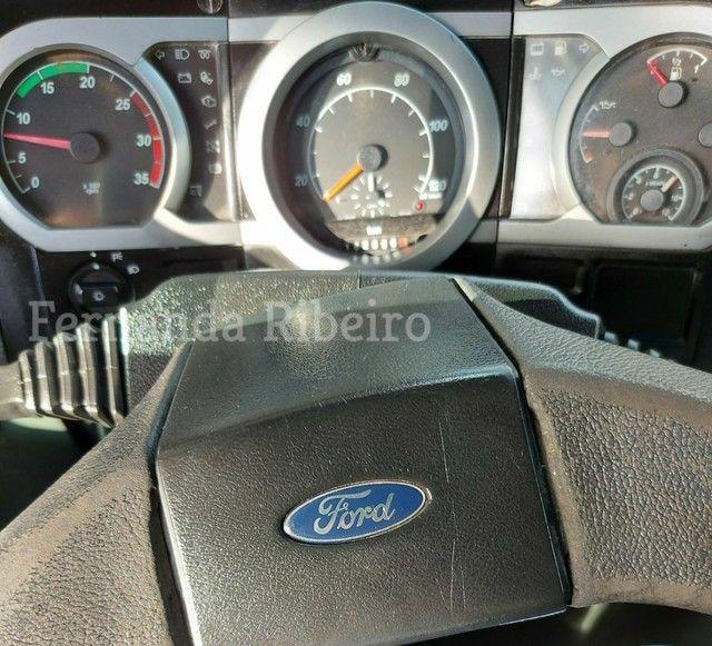 Ford cargo 815 chassis - baixo km - revisado  - Foto 7