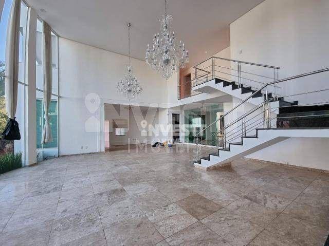 Sobrado com 4 dormitórios à venda, 590 m² por R$ 4.000.000 - Jardins Paris - Goiânia/GO