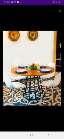 Conjunto Mesa estilo Industrial 1,15 + 4 cadeiras Eiffel!! - Foto 2