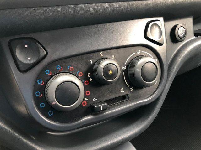 Fiat Fiorino 1.4 Furgão Hard Working Ano 2018 - Foto 15