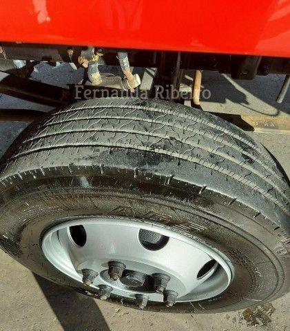 Ford cargo 815 chassis - baixo km - revisado  - Foto 11