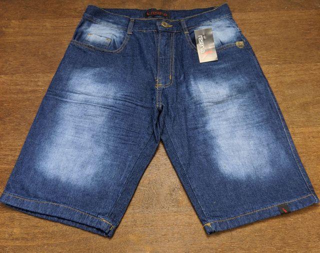 Bermudas jeans Masculinas modelos lisas e destroyed Tamanhos 38 a 42 - Foto 6