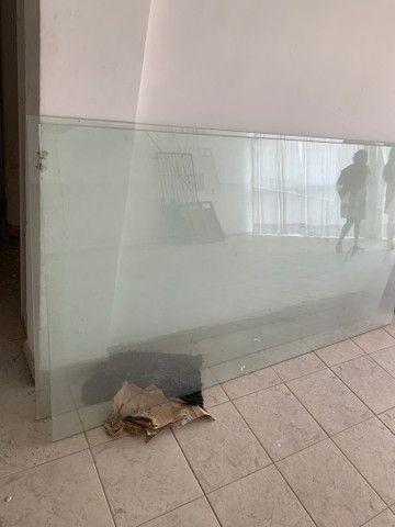 Dois vidros para vitrines  ou etc valor R$ 700,00 - Foto 2