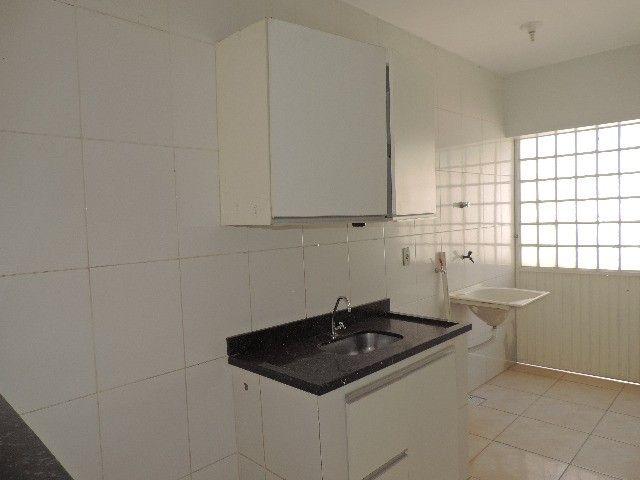 Alugo Quitinete de 1 quarto com garagem, Jardim da Luz, Goiânia - Foto 8