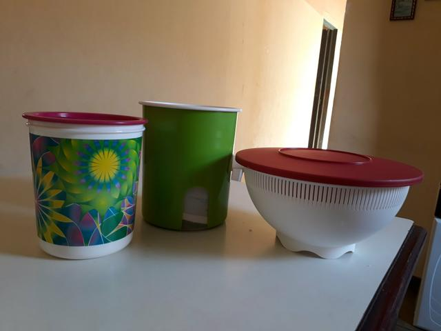 Vendo 3 Tupperware
