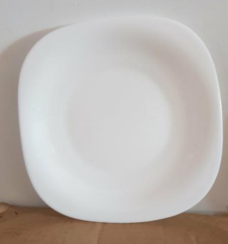 Vendo pratos luminarc Blanc Carine 26cm - Foto 3