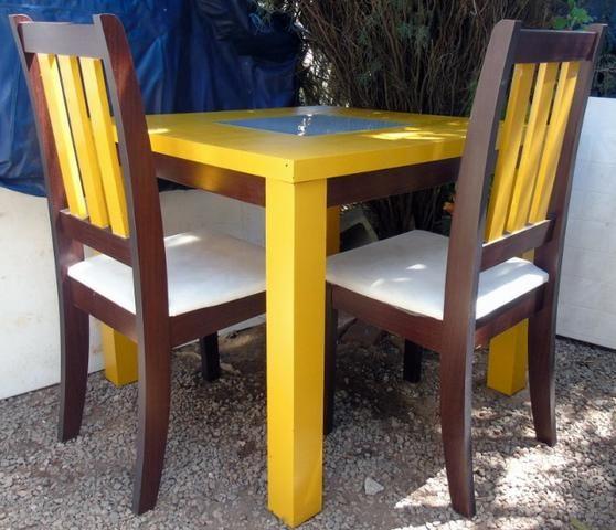 Mesa Madeira e Vidro com 4 cadeiras 90x90 cm