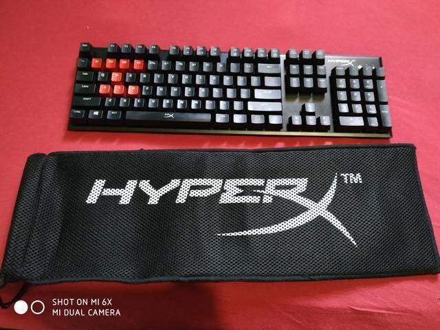 Teclado mecânico hyperx AlloyFPS