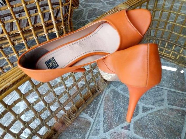 Sapato alto lindo e novo n 35 - Foto 2