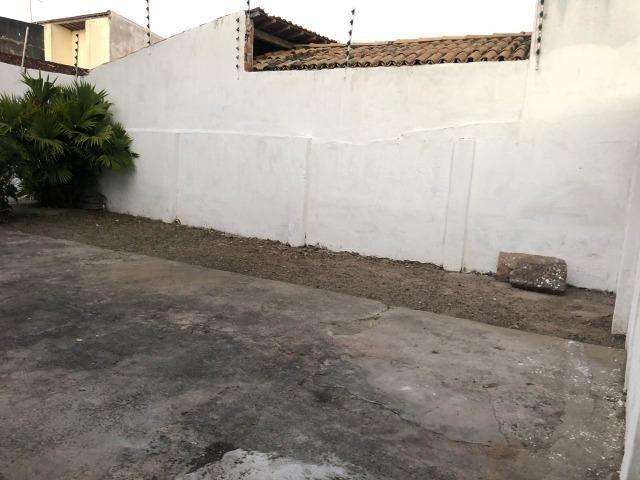 Excelente casa próximo a Av. Getúlio Vargas em Feira de Santana - Foto 10