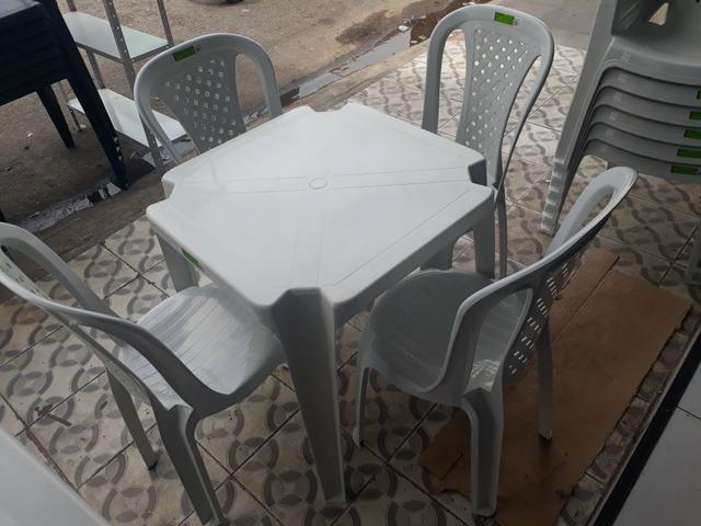 Jogo de mesa top plast (nova) - Foto 3