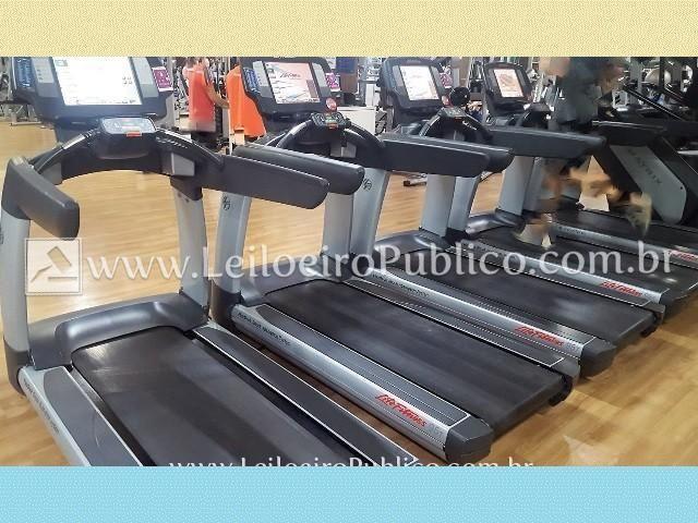 Esteira Life Fitness 95t ecnmc ouzli