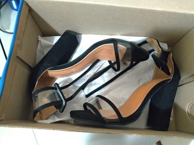 Sandália Salto alto tamanho 36 super nova - Foto 4