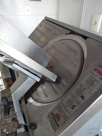 Fatiador de frios automático Bermar bivolt - Foto 3
