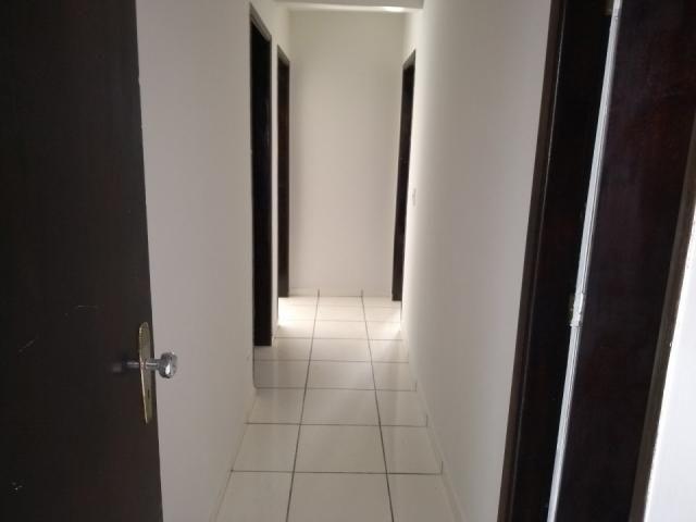 8273 | Apartamento para alugar com 3 quartos em Zona 03, Maringá - Foto 5