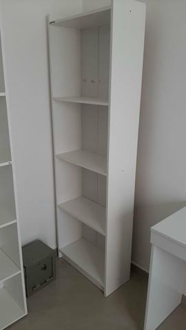 Vendo armario e mesa