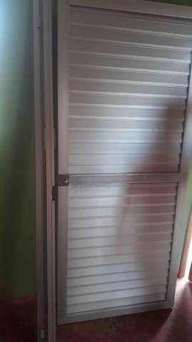 $ 90,00 Porta de alumínio para Banheiro