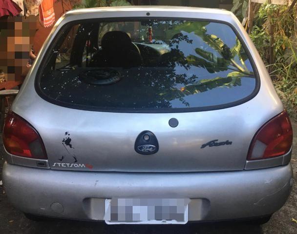 Carro Fiesta 96 - Foto 5