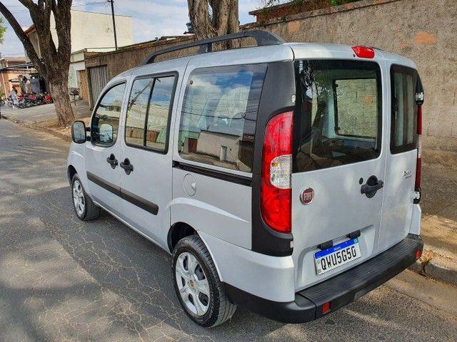 Fiat doblo 1.8  7 lugares 22 mil km oportunidade - Foto 2