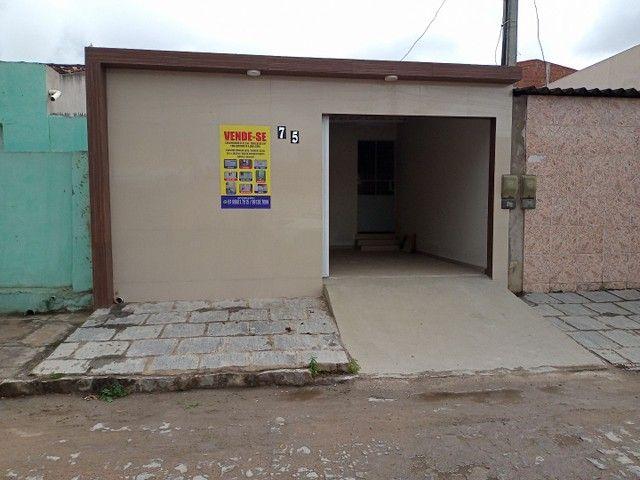 Vendo casa na rua Clara Nunes, próximo ao caic - Foto 9