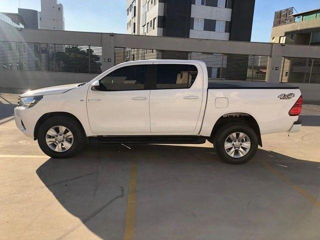 Toyota Hilux Hilux 2.8 TDI STD CD 4x4 - Foto 2