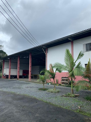Alugo BARRACÃO