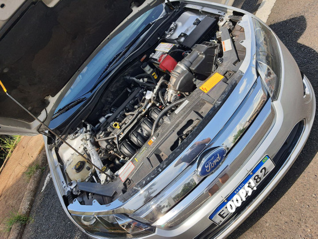 Ford Fusion 2.5 - 2011 - Foto 4