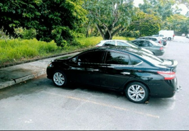 Nissan Sentra SL 2.0 Flex Full GNV Automático Impecável  - Foto 3