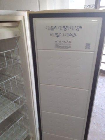 Freezer cônsul vertical slim - Foto 2
