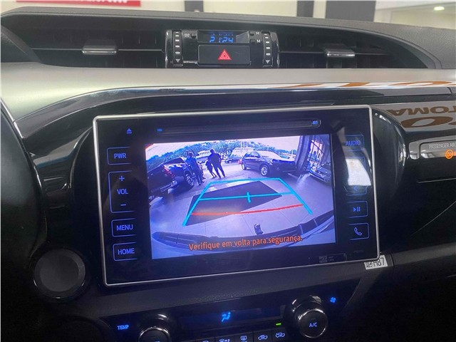 Toyota Hilux 2.7 Srv 4x2 Flex + Gnv Automático 2017!!! - Foto 14