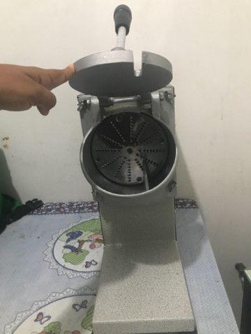 Triturador de Coco e Queijo Industrial Bivolt - JL Colombo - Foto 3