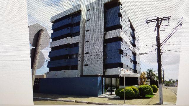 Apartamento no Farol, Edf. Dona Leopoldina