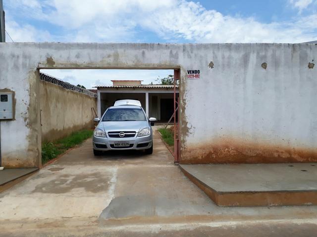 Casa bem localizada no 4 de janeiro perto do gonçalves e do shoping. 165 mil