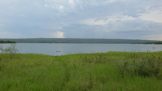 Chacara na beira do lago individual