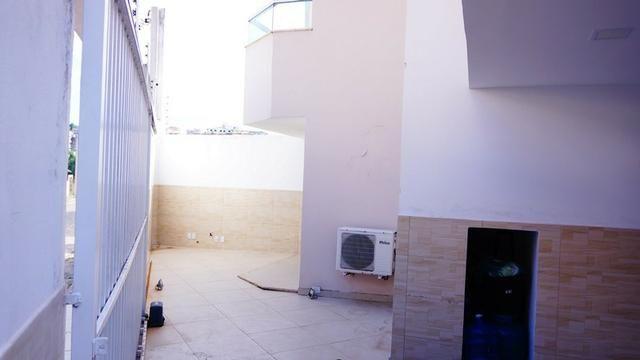 Vendo casa triplex toda decorada. Bairro Castália - Foto 5