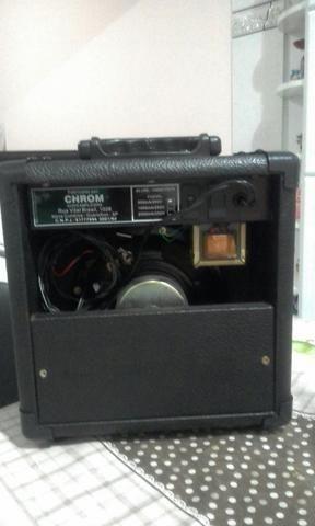 Vendo uma caixa amplificada, mais um cabo de 2,5m 110.00 - Foto 4