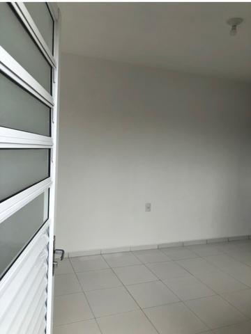 Kitnet quarto, cozinha, banheiro e lavanderia
