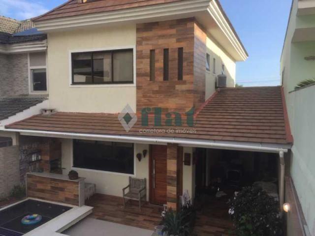 Casa de condomínio à venda com 4 dormitórios cod:FLCN40050