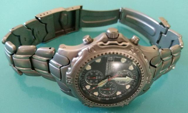 Relógio Technos Chronograph Titanium - Retro - Conservadíssimo!!! - Foto 4
