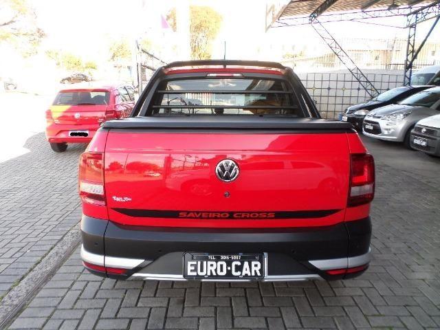 VW Saveiro Cross Dupla 2017 5 Lugares 1.6 Flex MSI - Foto 6