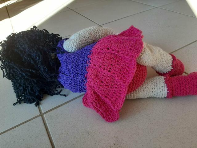 Boneca Lola Articulada - Eu Quero Crochê, by Adriana Gori | 480x640