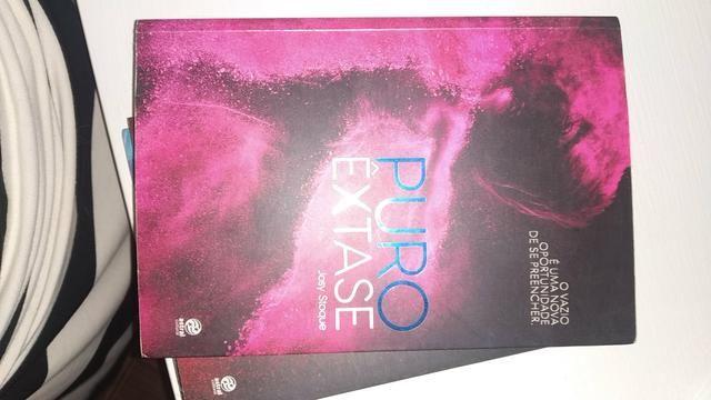 Trilogia Romance Puro Êxtase Josy Stoque - Foto 2
