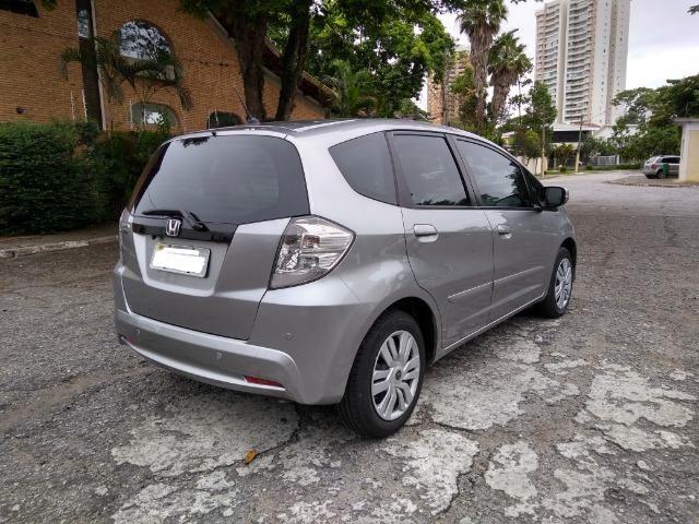 Honda FIT automático 1.4 Flex 2014 Kit multimídia TV digital - Ótimo Estado - Foto 4